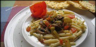 Macarrones con calabacin y champiñones