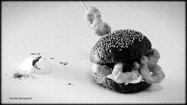 Bocadillo de calamares elaborado por recetasbonappetit