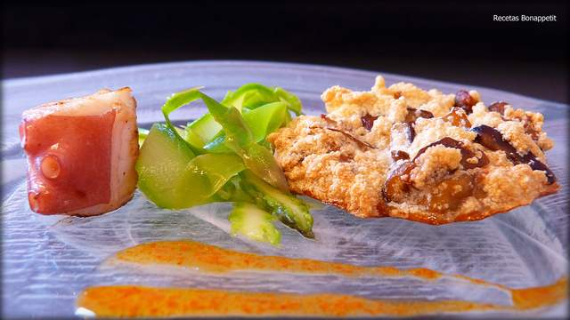 Tallarines de esparragos y merengue de boletus Recetas Bonappetit