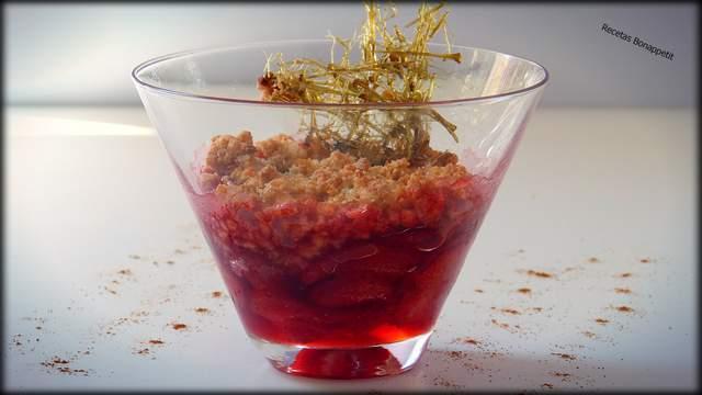 Crumble de fresas Recetas Bonappetit por David Lopez