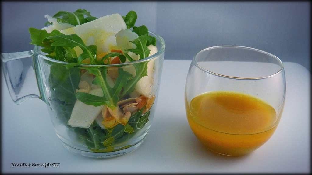 Ensalada de pera, rúcula y Parmesano