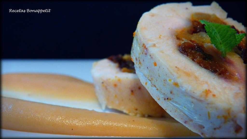 Pollo relleno con puré de hinojo