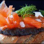 Salmón marinado, esparragos trigueros y tapenade