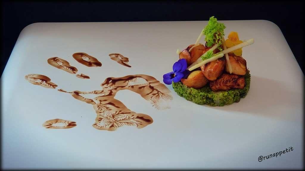 Cous cous de brocoli y pollo marinado